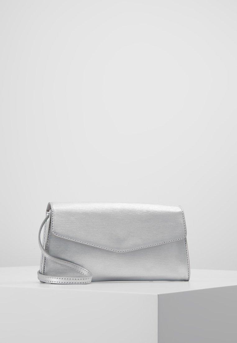 Esprit - MARGIE BAGUETTE - Håndtasker - silver