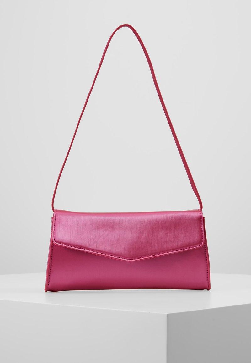 Esprit - MARGIE BAGUETTE - Bolso de mano - pink fuchsia