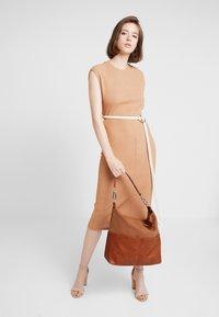 Esprit - VIVIEN HOBO - Handtasche - rust brown - 1