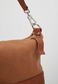 Esprit - VIVIEN HOBO - Handtasche - rust brown - 6