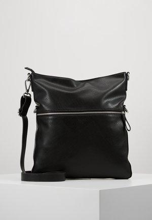 CHELSEA - Across body bag - black