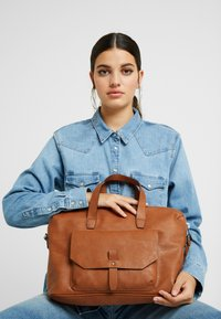 Esprit - ISA WORKING BAG - Handtas - rust brown - 1