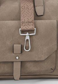 Esprit - ISA WORKING BAG - Notebooktasche - taupe - 6