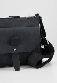 Esprit - Across body bag - black - 6