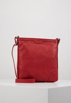 AGNES - Across body bag - red