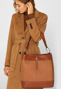 Esprit - HOBO  - Handtasche - rust brown - 0