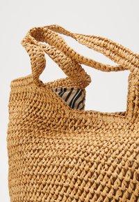 Esprit - DIDO SHOPPER - Shopping Bag - camel - 2