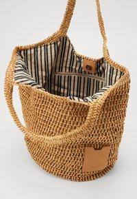 Esprit - DIDO SHOPPER - Shopping Bag - camel - 4
