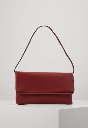 BAGUETTE - Handtas - dark red