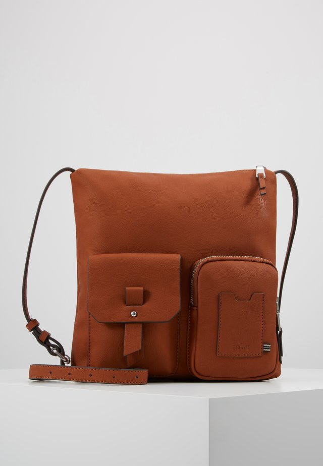 Axelremsväska - rust brown