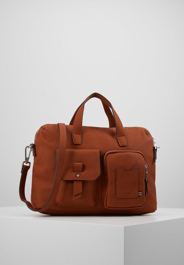 Portfölj - rust brown