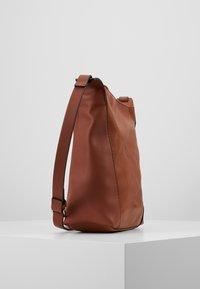 Esprit - CARLY - Umhängetasche - rust brown - 3