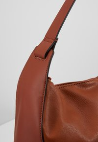 Esprit - CARLY - Velká kabelka - rust brown - 6