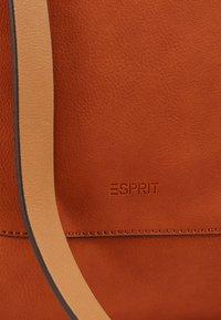 Esprit - Kabelka - burnt orange - 5