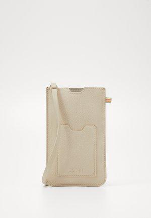 DENISE - Taška spříčným popruhem - beige