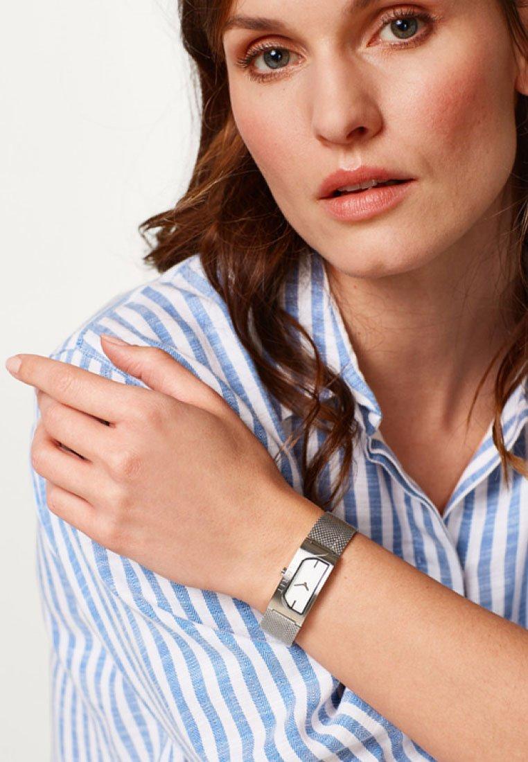 Esprit - MIT MILANAISE-ARMBAND - Watch - silver-coloured