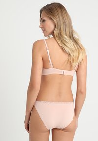 Esprit - LISMORE MINI BRIEF HIPSTER - Slip - nude - 2
