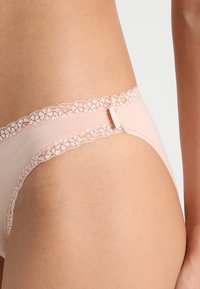 Esprit - LISMORE MINI BRIEF HIPSTER - Slip - nude - 4