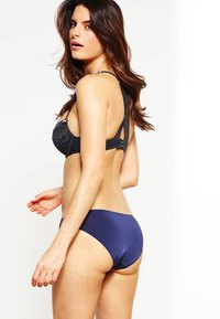 Esprit - BROOME - Slip - happy navy - 2