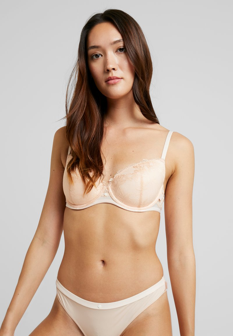 Esprit - MACKAY DAILY PADDED - Underwired bra - pastel orange