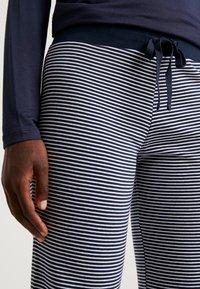 Esprit - JORDYN SINGLE PANTS LEG - Pyjamasbukse - navy - 4