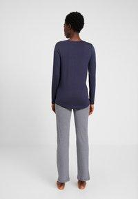 Esprit - JORDYN SINGLE PANTS LEG - Pyjamasbukse - navy - 2
