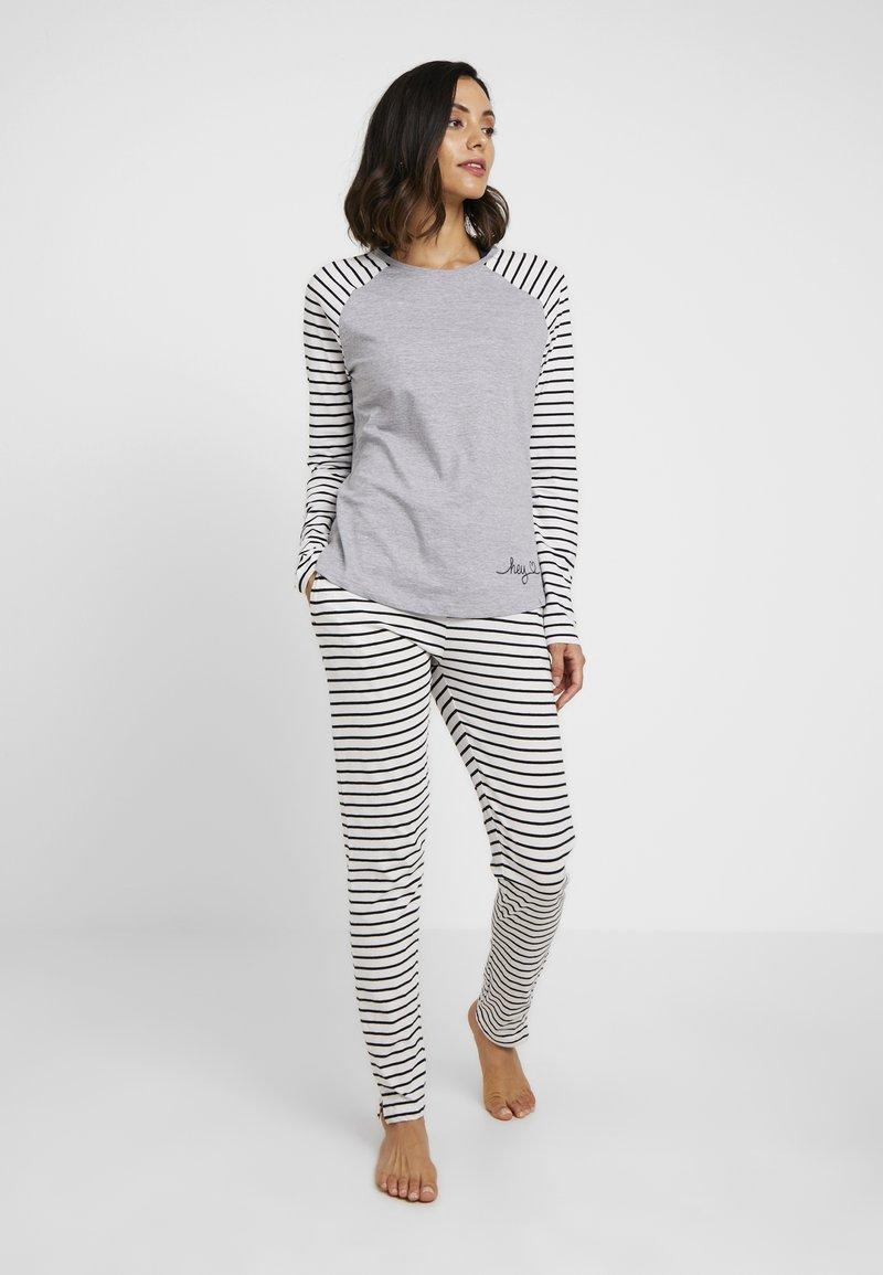Esprit - ELSKE CAS SOLID - Pyjama set - light grey
