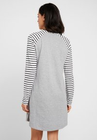 Esprit - ELSKE NIGHTSHIRT - Negligé - light grey - 2