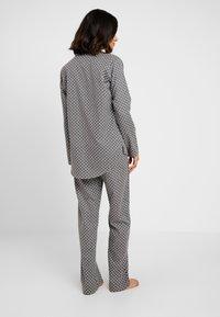 Esprit - FENJA SET - Pyžamová sada - light grey - 2