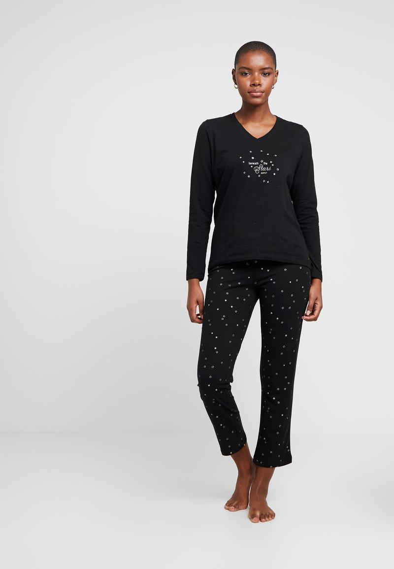 Esprit - KIKU SOLID LEG WITH SOCKS SET - Pijama - black