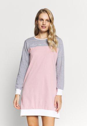 ANELLE - Nattskjorte - old pink