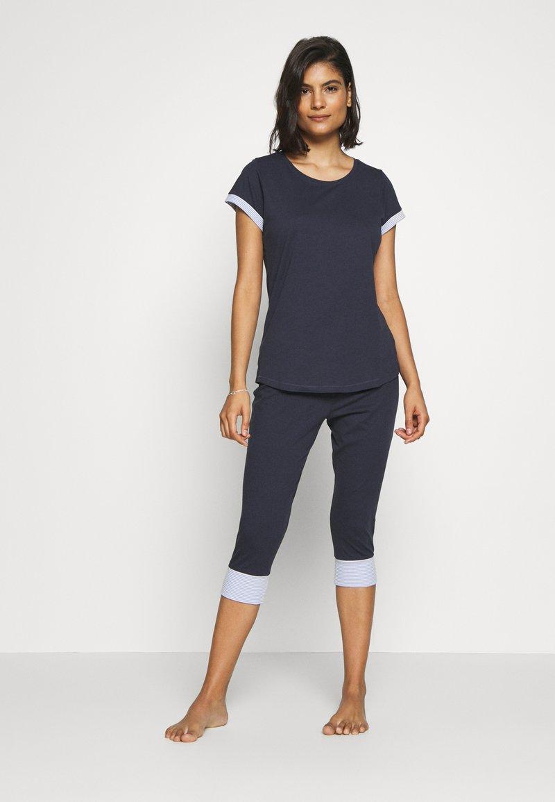 Esprit - DRIFA SET - Pyjama set - navy