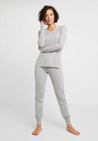 Esprit - SINGLE SHIRT - Pyjamashirt - medium grey - 1