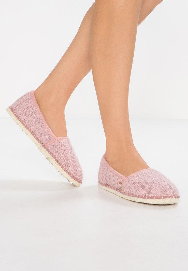 PANTOUFLE CLASSIC TRESÉE - Domácí obuv - rosé