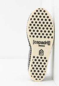 Espadrij l´originale - PANTOUFLE CLASSIC TRESSÉE VEGAN - Tofflor & inneskor - gris - 4