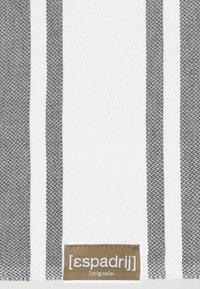 Espadrij l´originale - BEACHPLAID - Serviette de plage - gris - 2