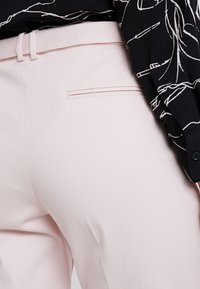 Esprit Collection - NEW YORK - Chinos - light pink - 3