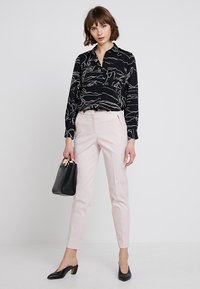 Esprit Collection - NEW YORK - Chinos - light pink - 1