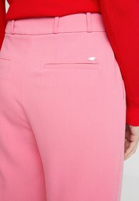 Esprit Collection - CROPPED STRAIGHT - Bukse - pink - 4