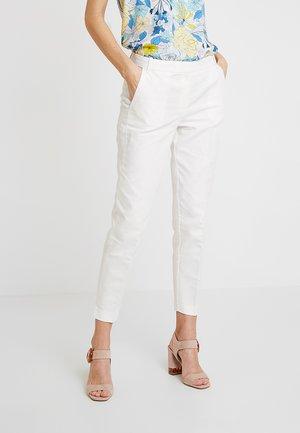 DOVER CROPPED - Pantalon classique - white