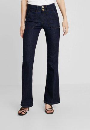 Jeans a zampa - blue rinse