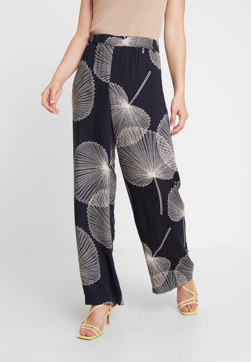 Esprit Collection - PRINTEDSTRAIGHT - Pantalones - black