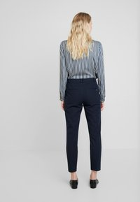 Esprit Collection - NEW ORLEANS - Bukse - navy - 2