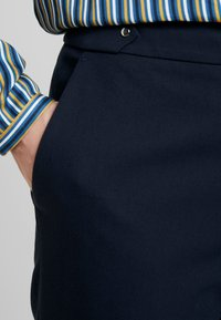 Esprit Collection - NEW ORLEANS - Bukse - navy - 4