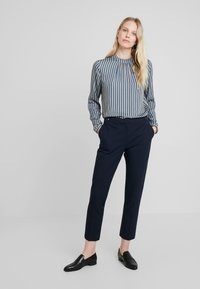 Esprit Collection - NEW ORLEANS - Bukse - navy - 1