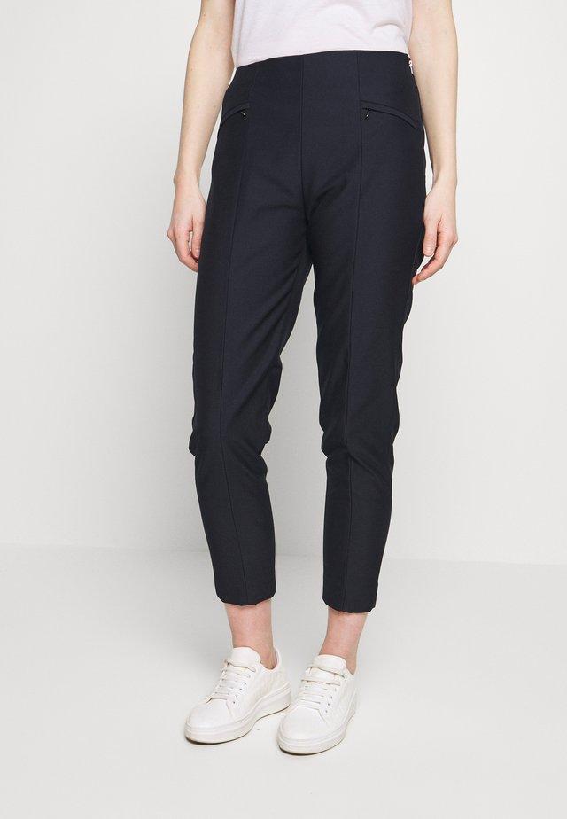 SLIM FIT - Pantalones - navy