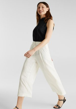 AUS LEINEN-MIX: CULOTTE MIT BUNDFALTEN - Trousers - off white