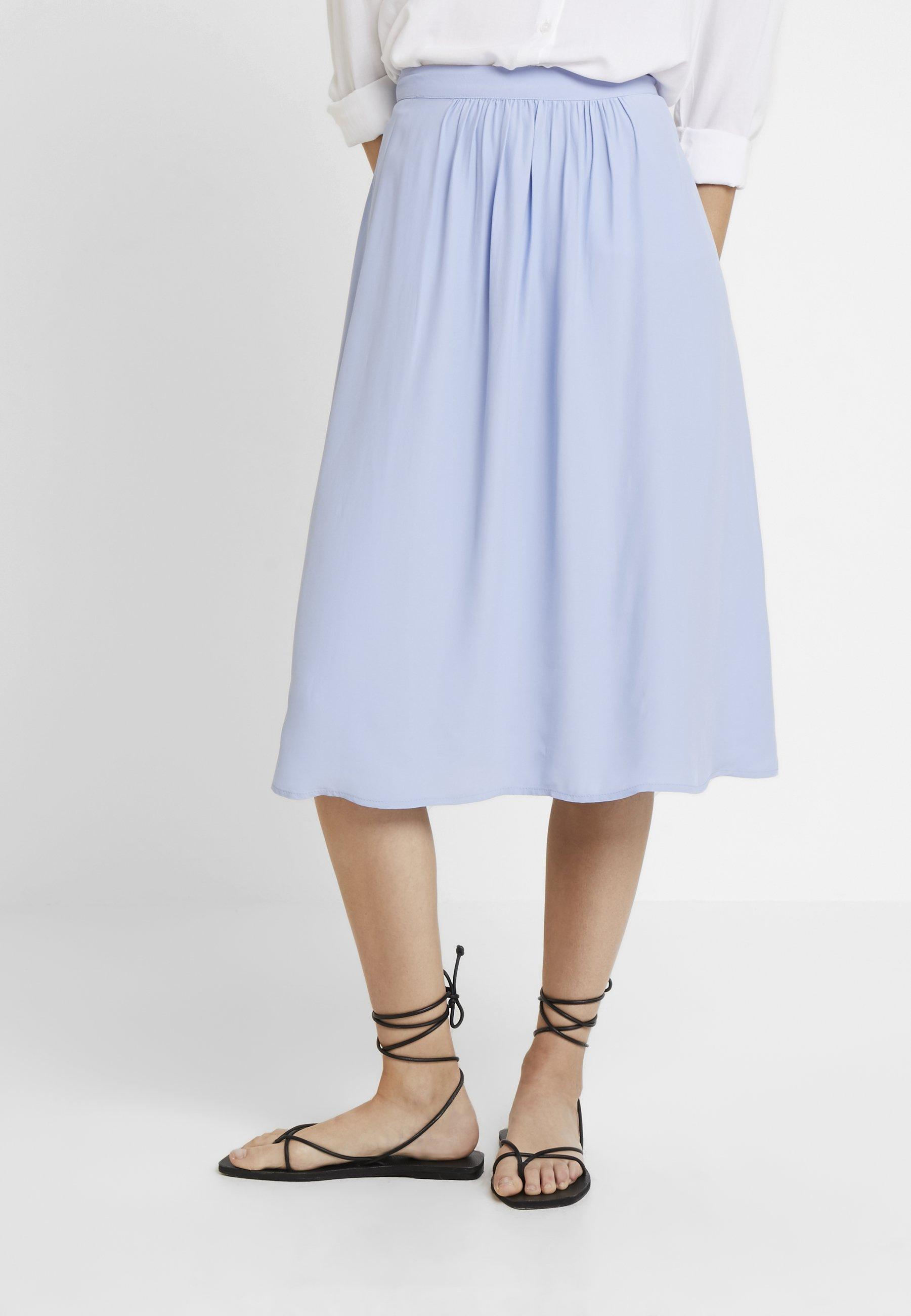 Esprit Collection MATT SHINY FIEL - Gonna a campana blue lavender