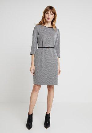 PENCIL DRESS - Strikket kjole - black