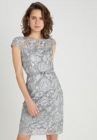Esprit Collection - PAISLEY FLORAL - Sukienka koktajlowa - silver - 0